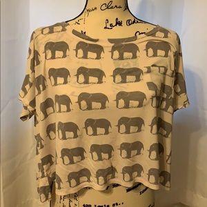 Forever 21 elephant T-shirt size medium